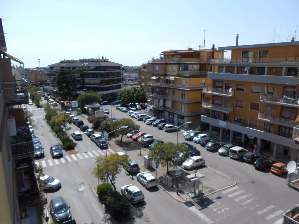 Appartamento in affitto a Pomezia, 3 locali, prezzo € 650   PortaleAgenzieImmobiliari.it