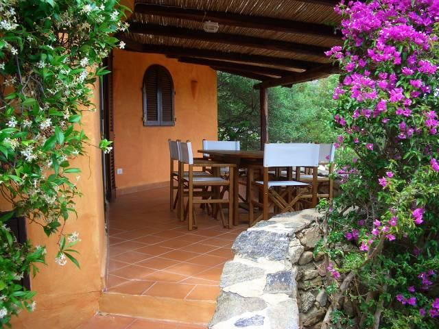 Villa trilocale in vendita a Arzachena (OT)