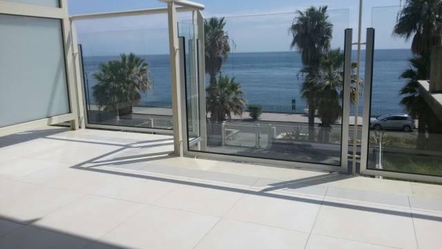 Appartamento in vendita a Sant'Alessio Siculo, 3 locali, prezzo € 155.000 | Cambio Casa.it