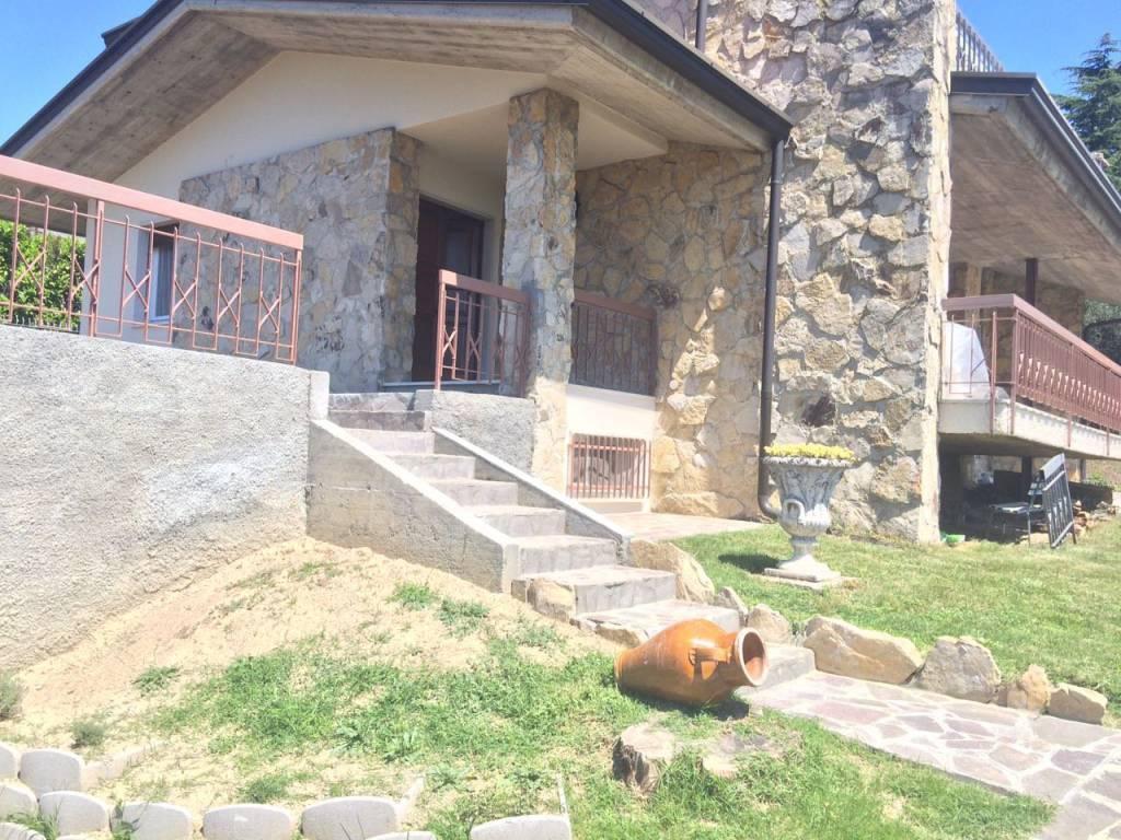 Appartamento in affitto a Moniga del Garda, 3 locali, Trattative riservate   PortaleAgenzieImmobiliari.it
