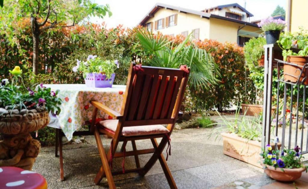 Appartamento in vendita a Vergiate, 2 locali, prezzo € 125.000 | CambioCasa.it