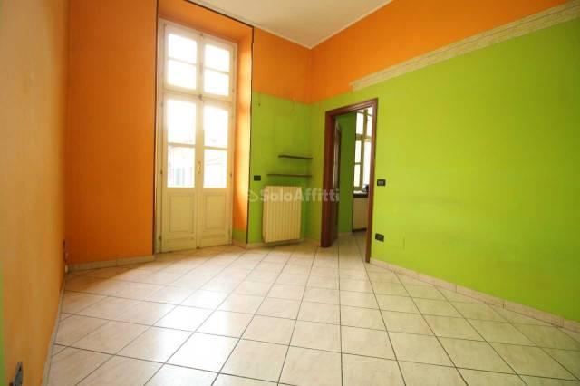 Appartamento in buone condizioni in affitto Rif. 4547054