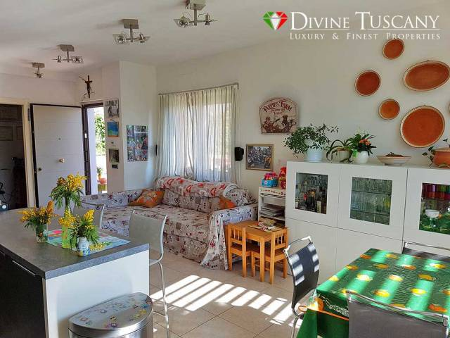 A684 - Appartamento con garage e giardino a Siena