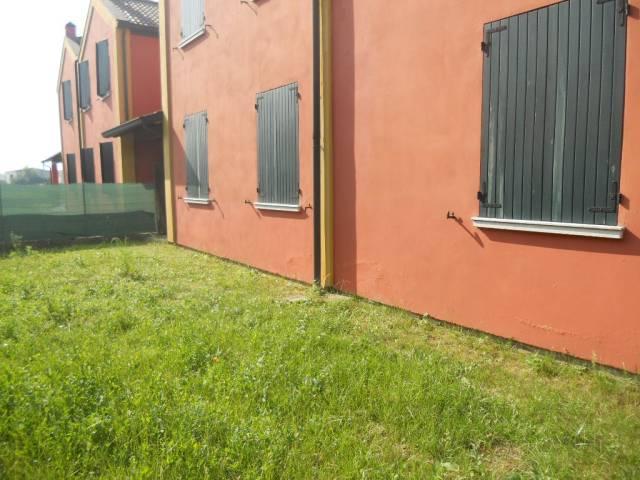 Appartamento in vendita a Guastalla, 3 locali, prezzo € 105.000   Cambio Casa.it