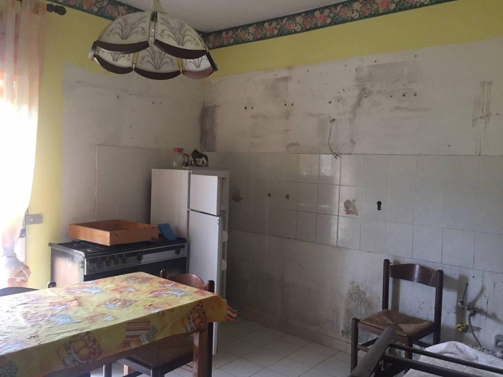 Appartamento in vendita a Linguaglossa, 3 locali, prezzo € 60.000 | PortaleAgenzieImmobiliari.it