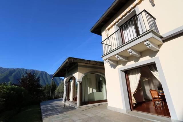 Villa in Vendita a Tremezzina
