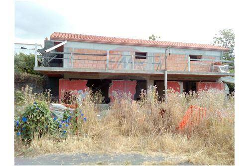 Villa 6 locali in vendita a Acireale (CT)
