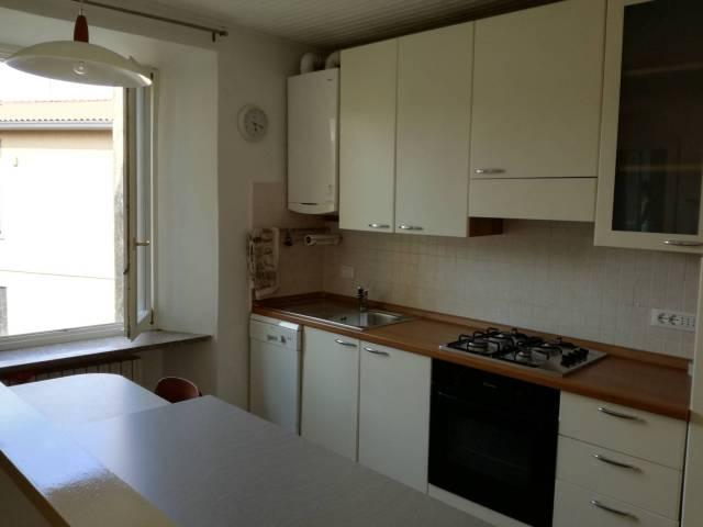 Appartamento in vendita a Barzanò, 2 locali, prezzo € 60.000 | CambioCasa.it