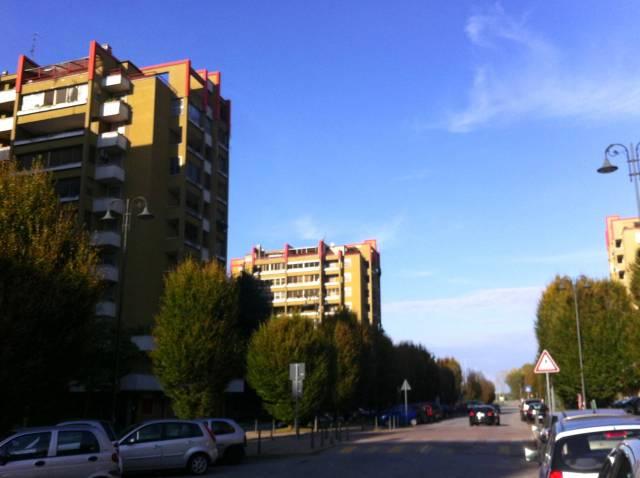 Pieve Emanuele (MI) affittasi grande bilocale + balconata