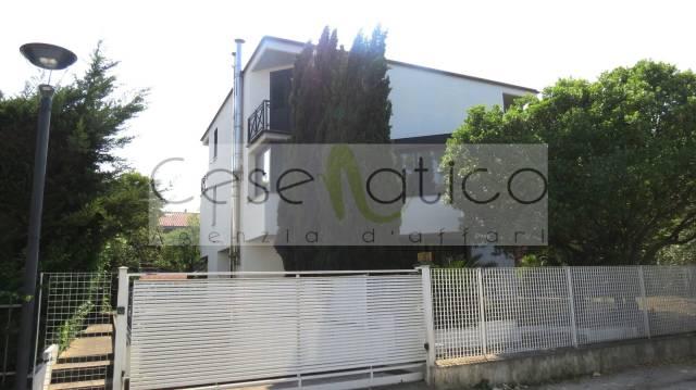Villa in vendita a Bellaria Igea Marina, 5 locali, prezzo € 615.000 | Cambio Casa.it