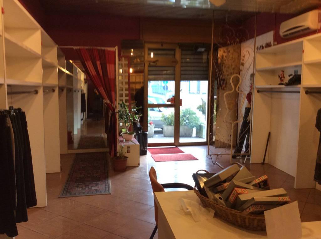 Negozio / Locale in vendita a Cormano, 2 locali, prezzo € 70.000   PortaleAgenzieImmobiliari.it