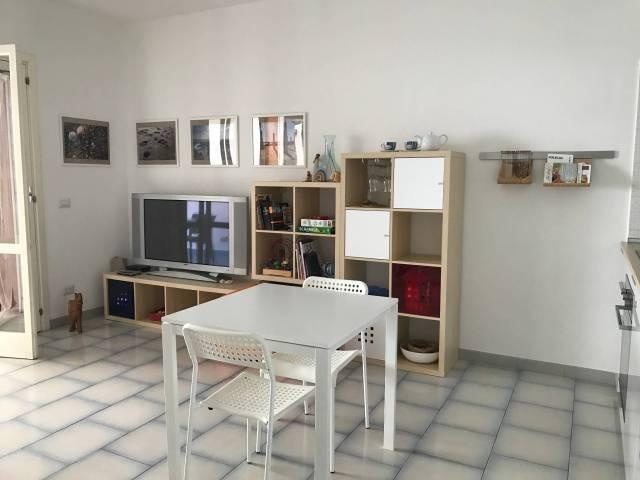 Appartamento in ottime condizioni arredato in affitto Rif. 4981025
