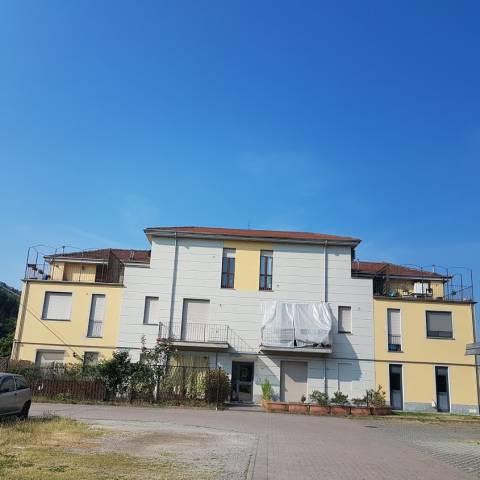 Appartamento in ottime condizioni in vendita Rif. 4423706