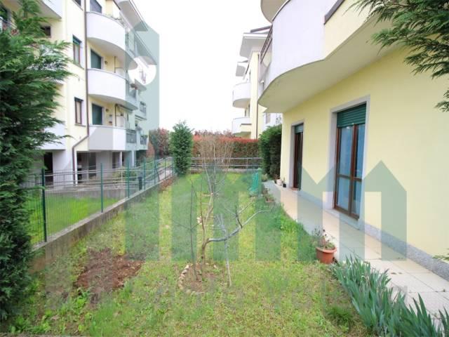 Appartamento quadrilocale in vendita a Seregno (MB)-3