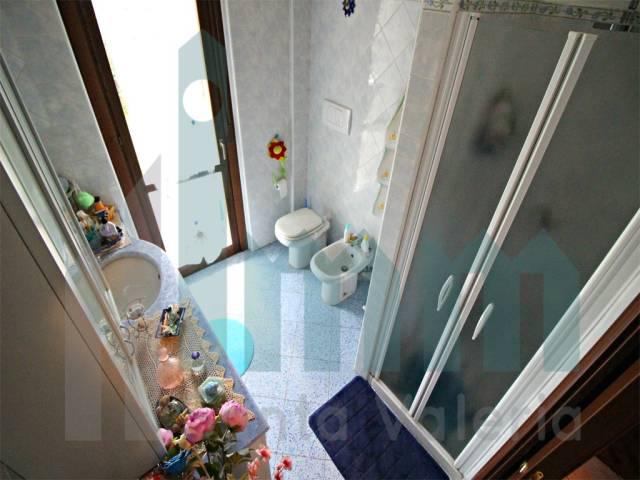 Appartamento quadrilocale in vendita a Seregno (MB)-9