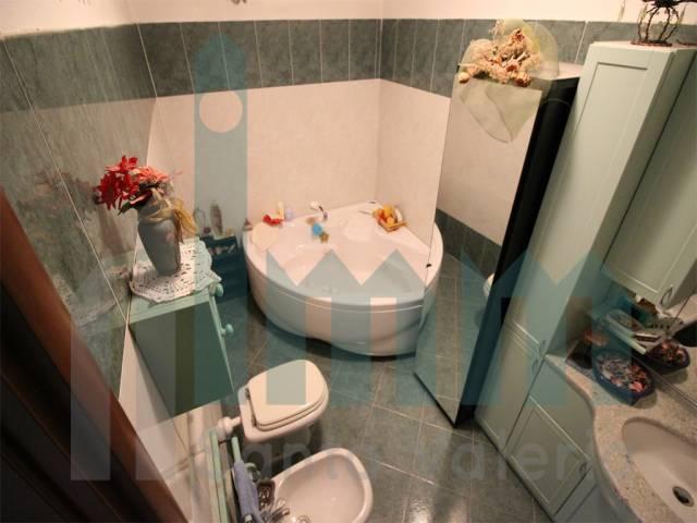 Appartamento quadrilocale in vendita a Seregno (MB)-18