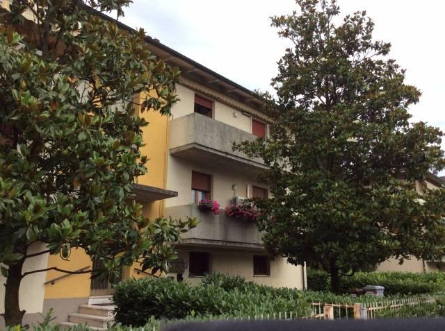 Appartamento in buone condizioni in vendita Rif. 4430732