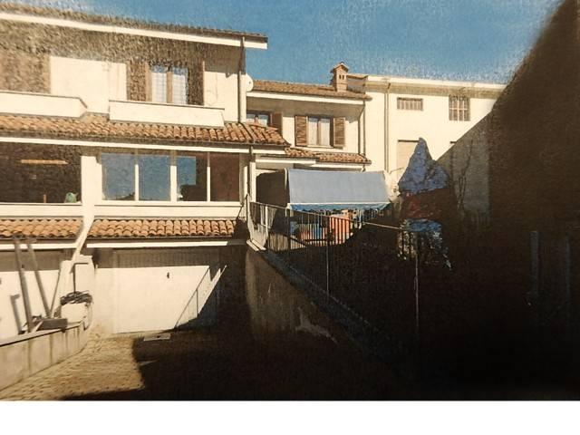 Villa in vendita a Villanova d'Asti, 5 locali, prezzo € 148.000 | Cambio Casa.it