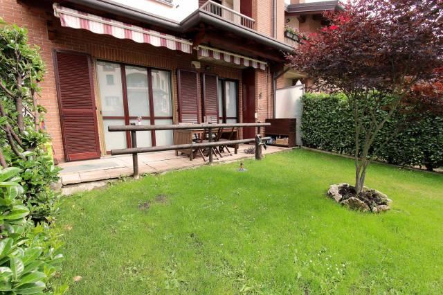 Appartamento in buone condizioni in vendita Rif. 4218257