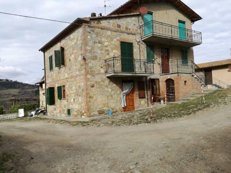 Rustico in Vendita a San Casciano Dei Bagni Periferia:  3 locali, 80 mq  - Foto 1