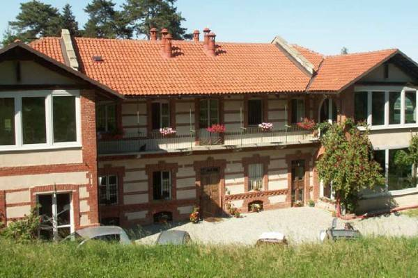 Palazzo / Stabile in Vendita a Castagneto Po