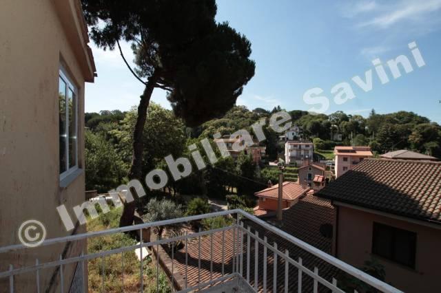 Palazzo / Stabile in vendita a Ariccia, 6 locali, prezzo € 390.000 | Cambio Casa.it