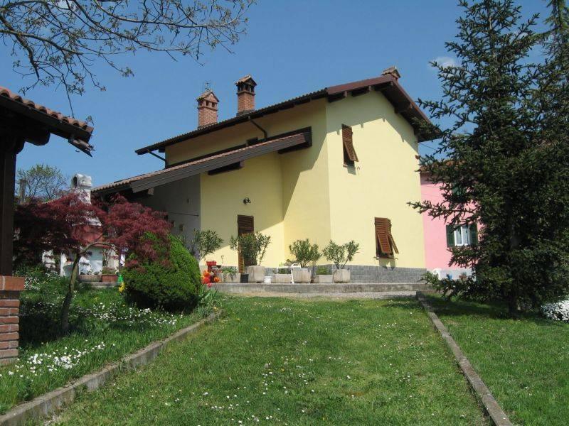 Villa in vendita a Gavi, 5 locali, prezzo € 310.000 | PortaleAgenzieImmobiliari.it