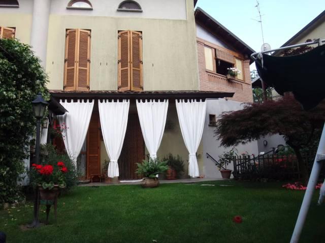 Villa a Schiera in vendita a San Colombano al Lambro, 5 locali, prezzo € 238.000 | Cambio Casa.it