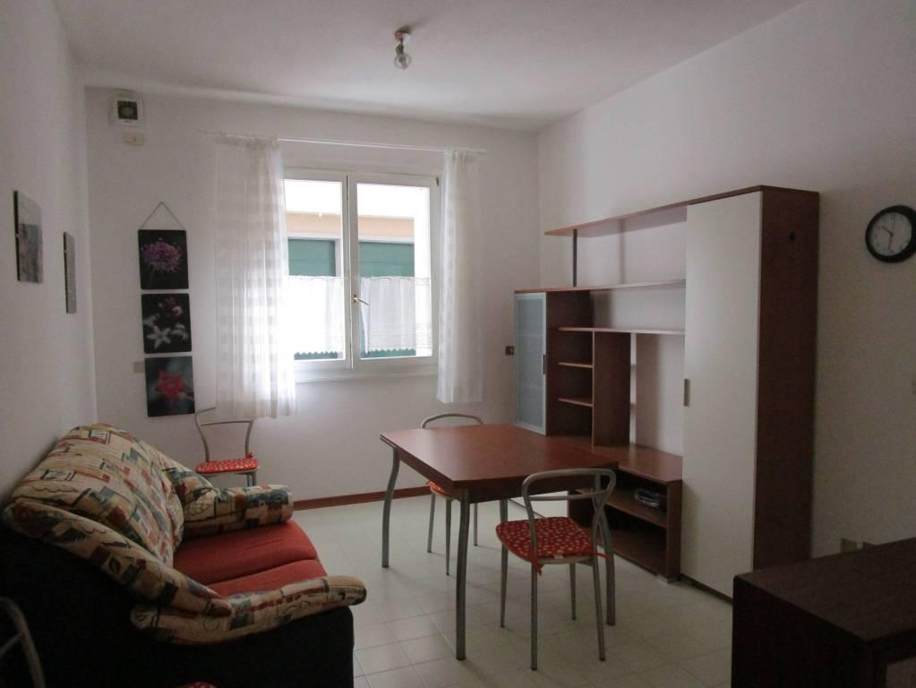 GEMONA centro storico piccolo appartamento arredato.