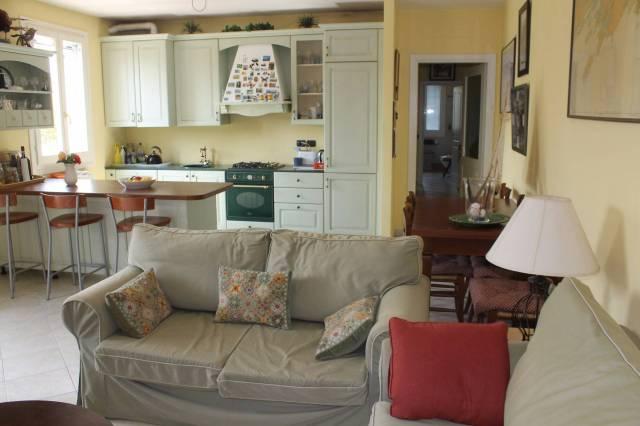 Appartamento in vendita a Castelvetro di Modena, 3 locali, prezzo € 180.000   Cambio Casa.it