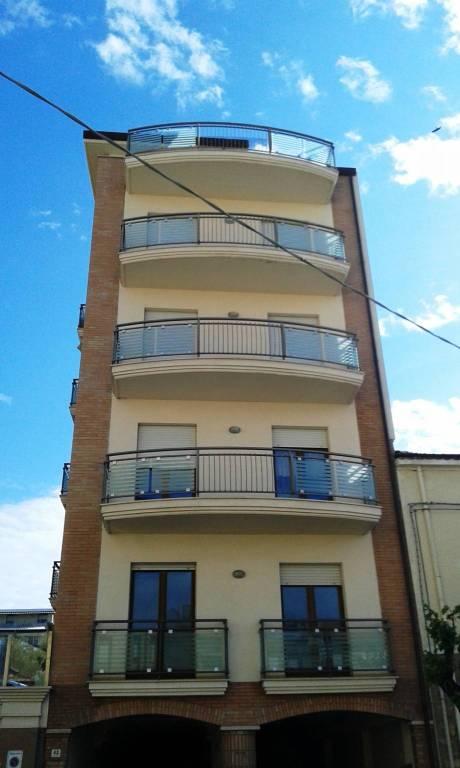 Appartamento quadrilocale in affitto a Ortona (CH)