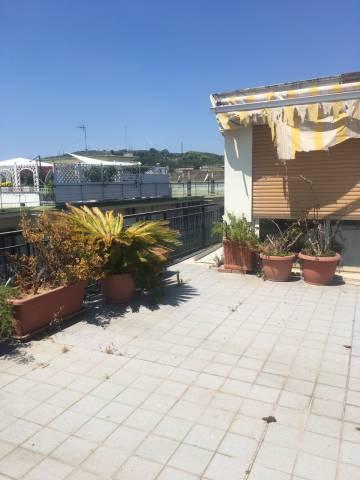 Bilocale Napoli Via Giulio Palermo 11