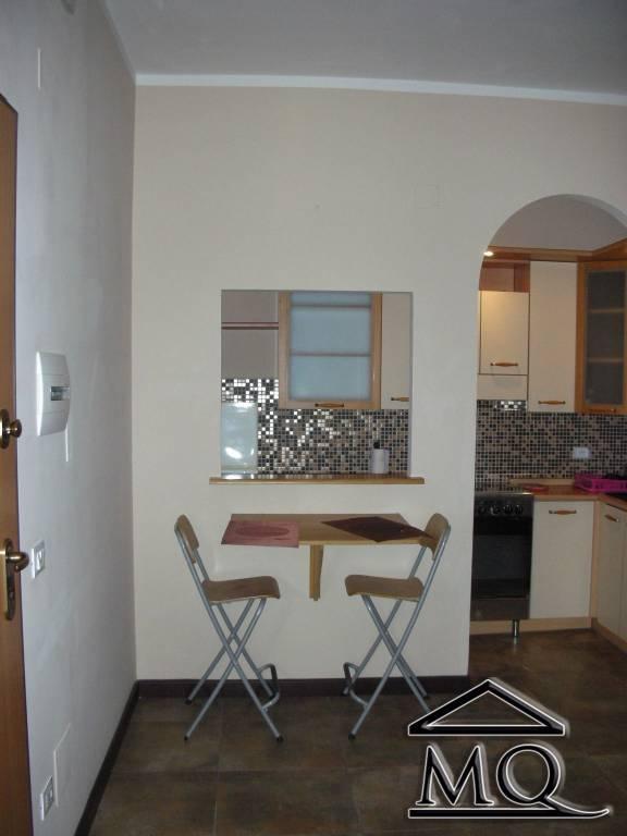 Appartamento in ottime condizioni arredato in affitto Rif. 8705240