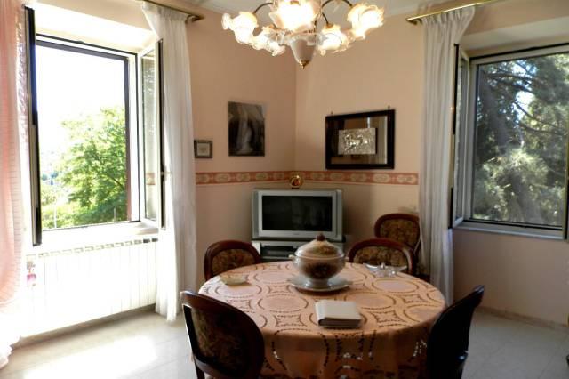 Appartamento in ottime condizioni parzialmente arredato in vendita Rif. 4254245