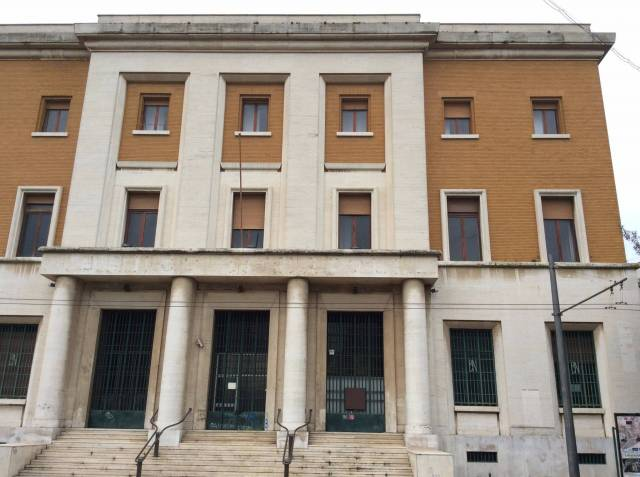 Palazzo-stabile Vendita Lecce