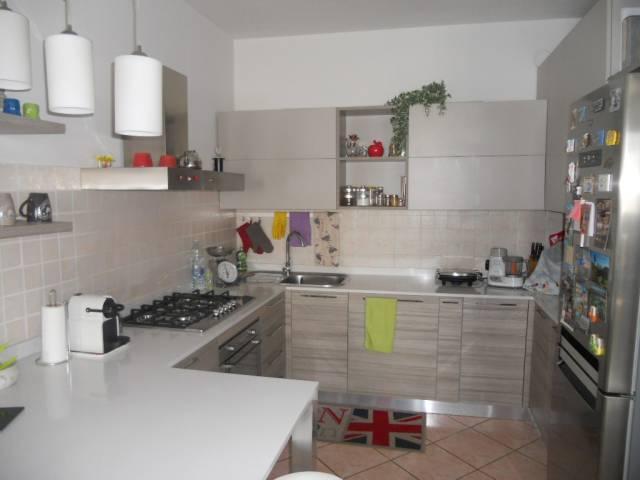 Appartamento in vendita a Guastalla, 3 locali, prezzo € 83.000   Cambio Casa.it