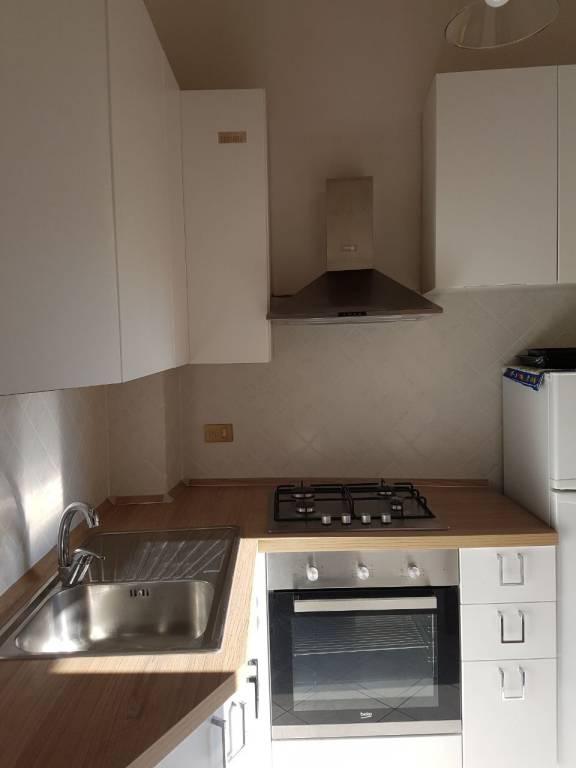 Appartamento in Affitto a Pisa Centro: 3 locali, 45 mq
