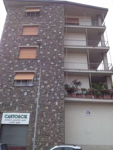 Appartamento in buone condizioni in affitto Rif. 5035430