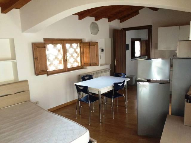 Appartamento in affitto a Orsenigo, 1 locali, prezzo € 360 | Cambio Casa.it