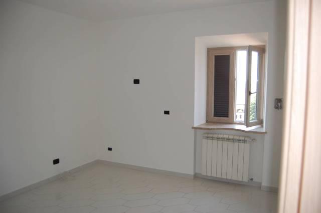 Appartamento in ottime condizioni in affitto Rif. 4432171
