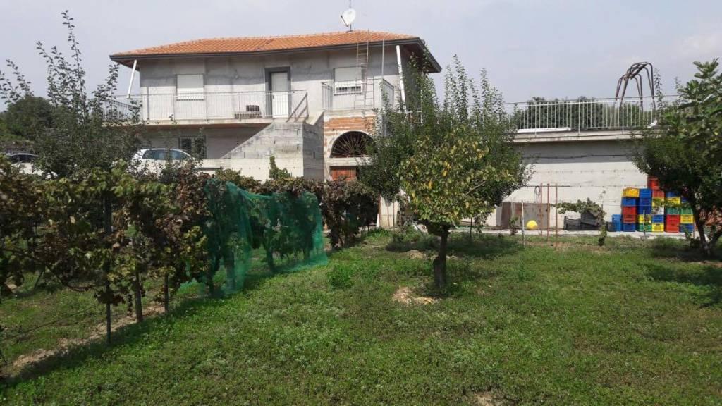 Spaziosa villa in zona Madonna degli Ammalati