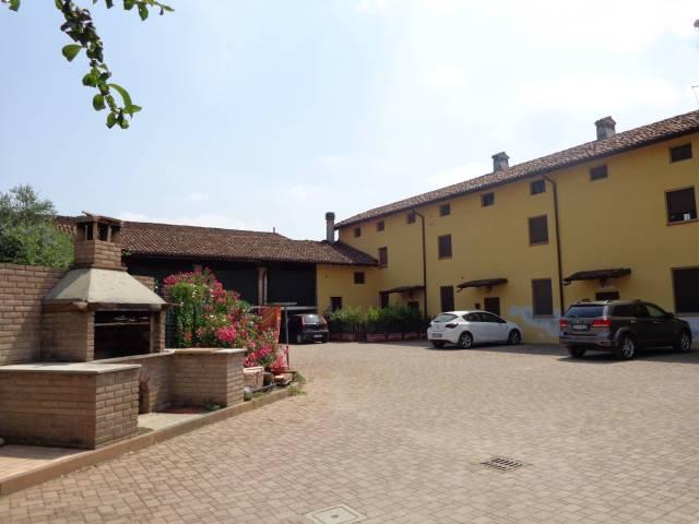 Attico / Mansarda in affitto a Cremona, 2 locali, prezzo € 300 | Cambio Casa.it