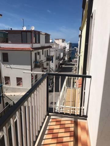 Appartamento in buone condizioni in vendita Rif. 5076052
