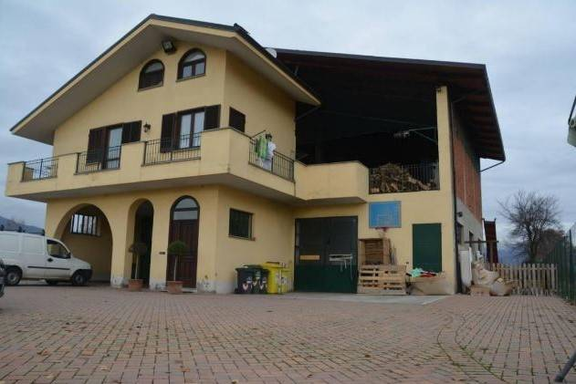 Soluzione Indipendente in vendita a Oglianico, 5 locali, prezzo € 97.000 | Cambio Casa.it