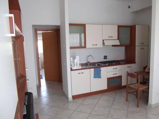 Appartamento in ottime condizioni arredato in vendita Rif. 8895963