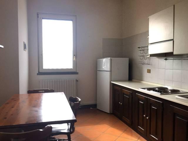 Appartamento in buone condizioni arredato in affitto Rif. 4805920