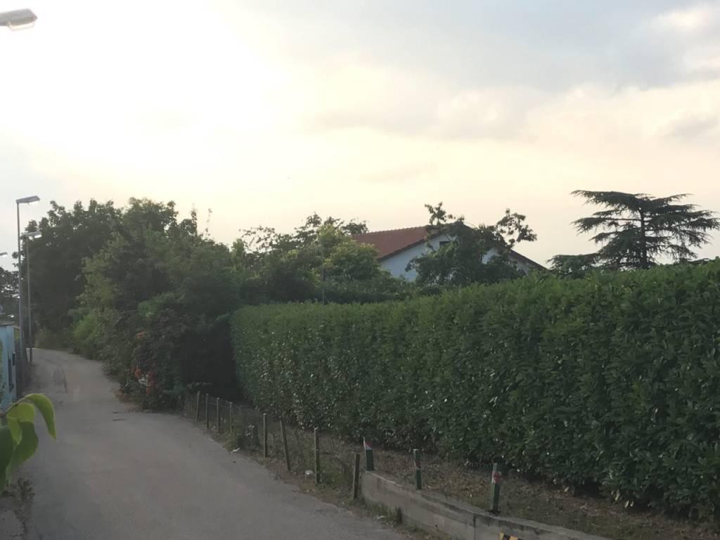 Foto 1 di Villa strada dei Cunioli Alti 207, Torino