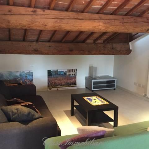 Appartamento in affitto a Verona, 2 locali, zona Zona: 2 . Veronetta, prezzo € 950 | Cambio Casa.it