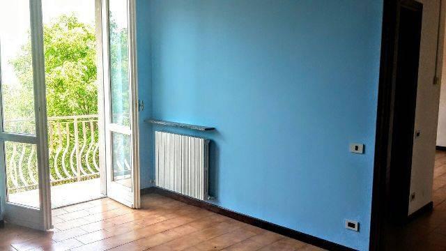 Appartamento in buone condizioni in vendita Rif. 8269103