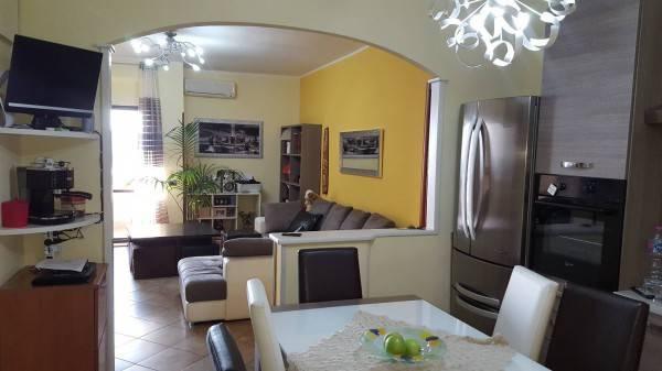 Appartamento in ottime condizioni in vendita Rif. 8355771